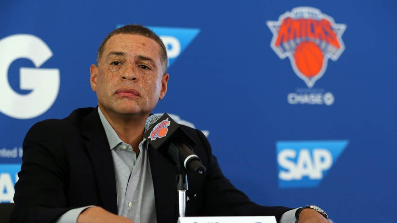 Sources: Knicks reach 1-year deal with GM Perry