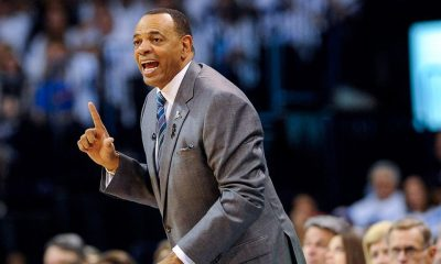 Source: Lakers assistant Hollins to stay behind