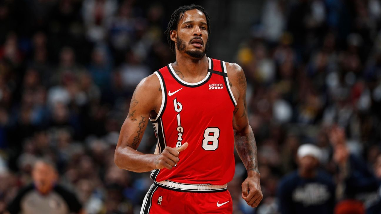 Blazers' Ariza denies allegations he abused son
